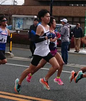 ハーフ マラソン 団 実業